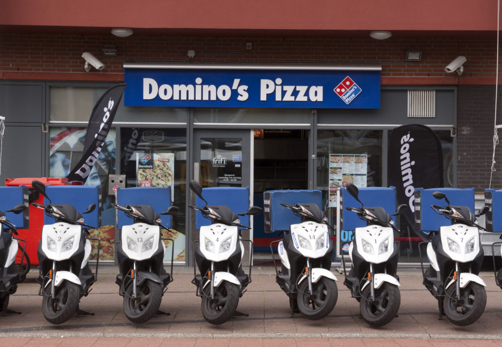 Domino's Pizza Sees U.S. Comparable Sales Boost, Suspends Outlook